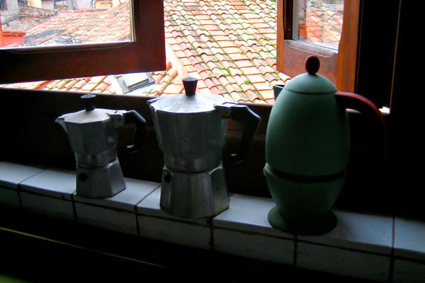 antmoose [coffee pots and the window]
