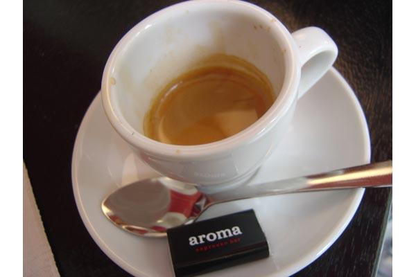 yehwan [espresso @ aroma espresso bar - nyc]