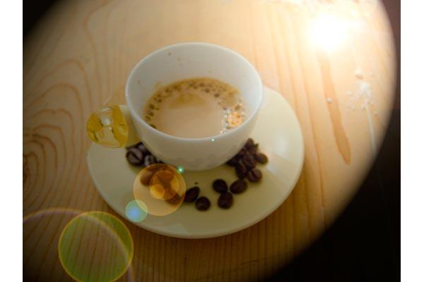 mario.mas.photo [ mas-yellow-cafe ]