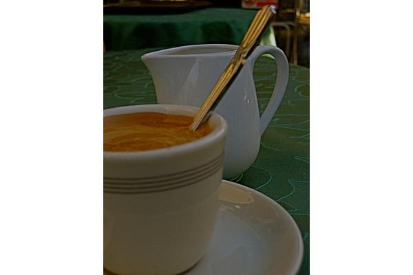 linda.limine [ Caffe italiano ... finalmente ...   ]