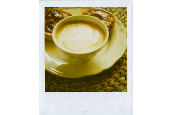 chocokat [ Morning // Latte & toasted bagel. ]