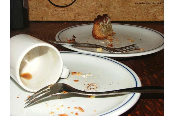 Piero Cecchini [ resti di caffe e torta ]