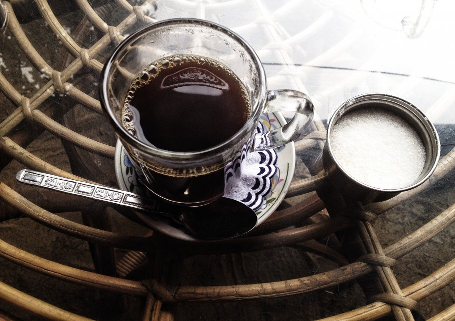 caffe-397-910x643