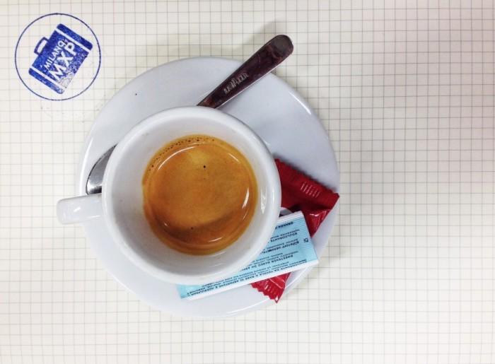 caffe-350-910x670