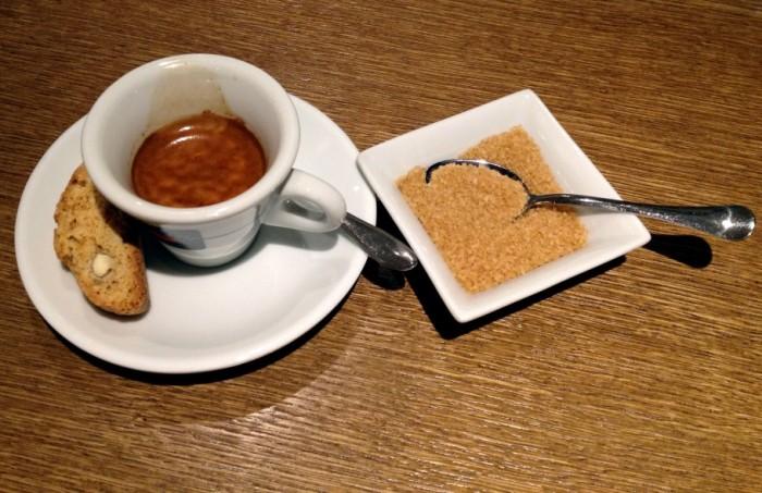 caffe-352-910x590