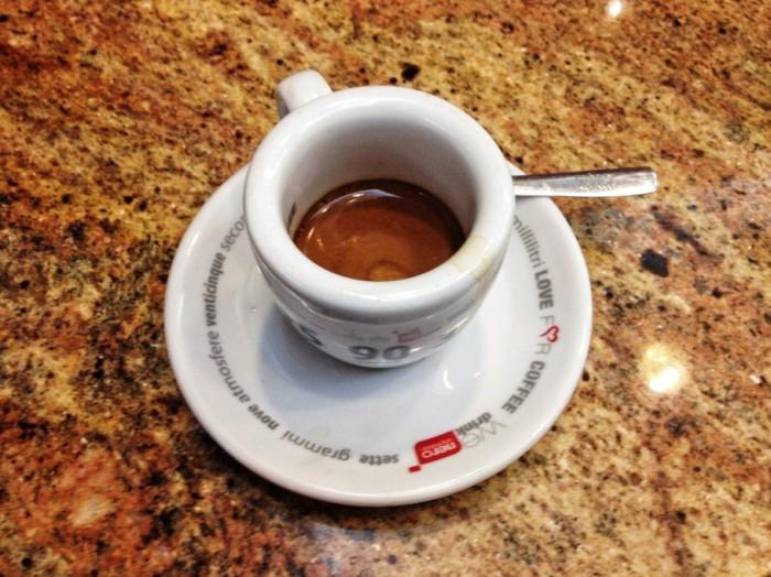 caffe-360-910x682