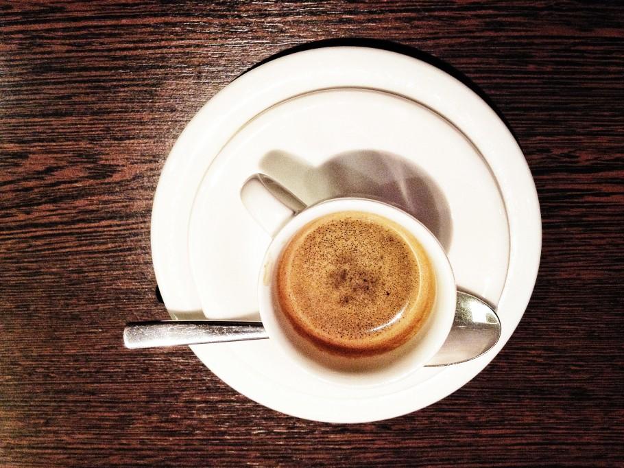 caffe-368-910x682