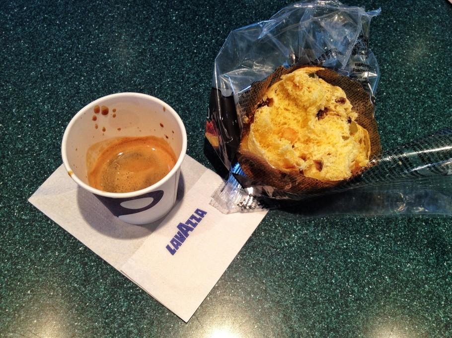 caffe-376-910x682