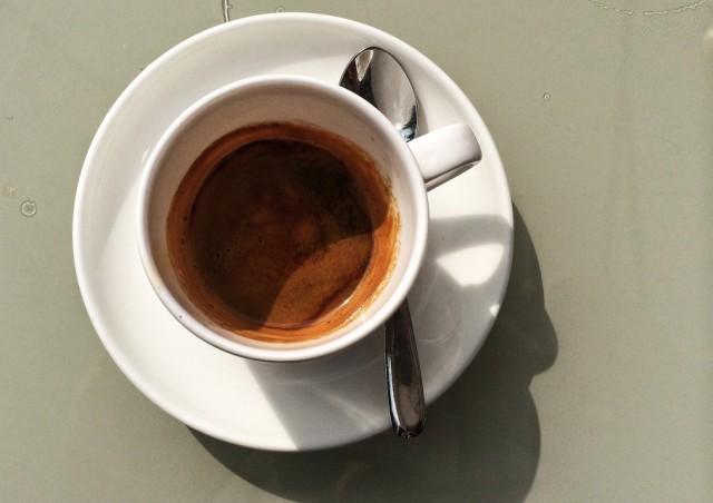 caffe-425-910x643