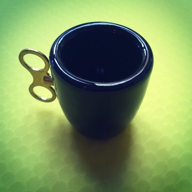 caffè a carica meccanica