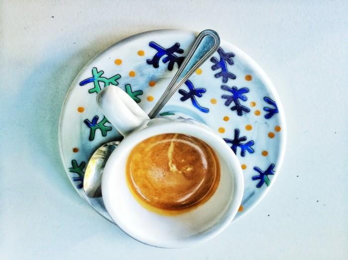 caffe-434-910x682