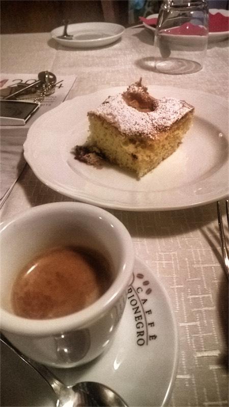 Caffè a Cortona #2 Campo lungo