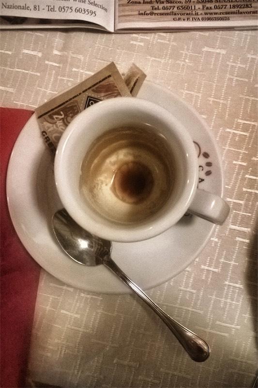 Caffè a Cortona #4 In solitaria