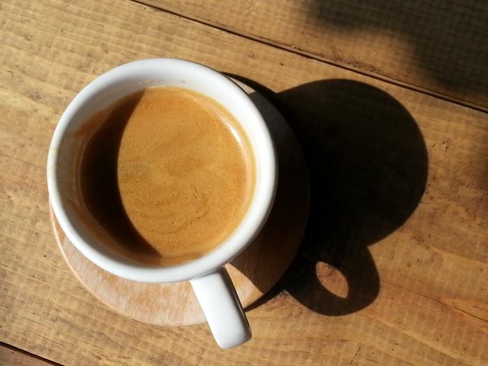 El primer espresso después de el gimnasio.