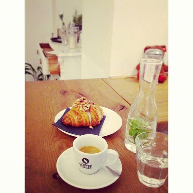 Coffee with @hypnoticaubergine Happy Sunday!