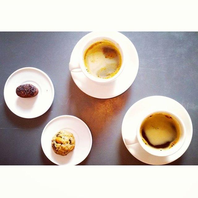 . @hypnoticaubergine Happy Sunday coffee, y'all! :)