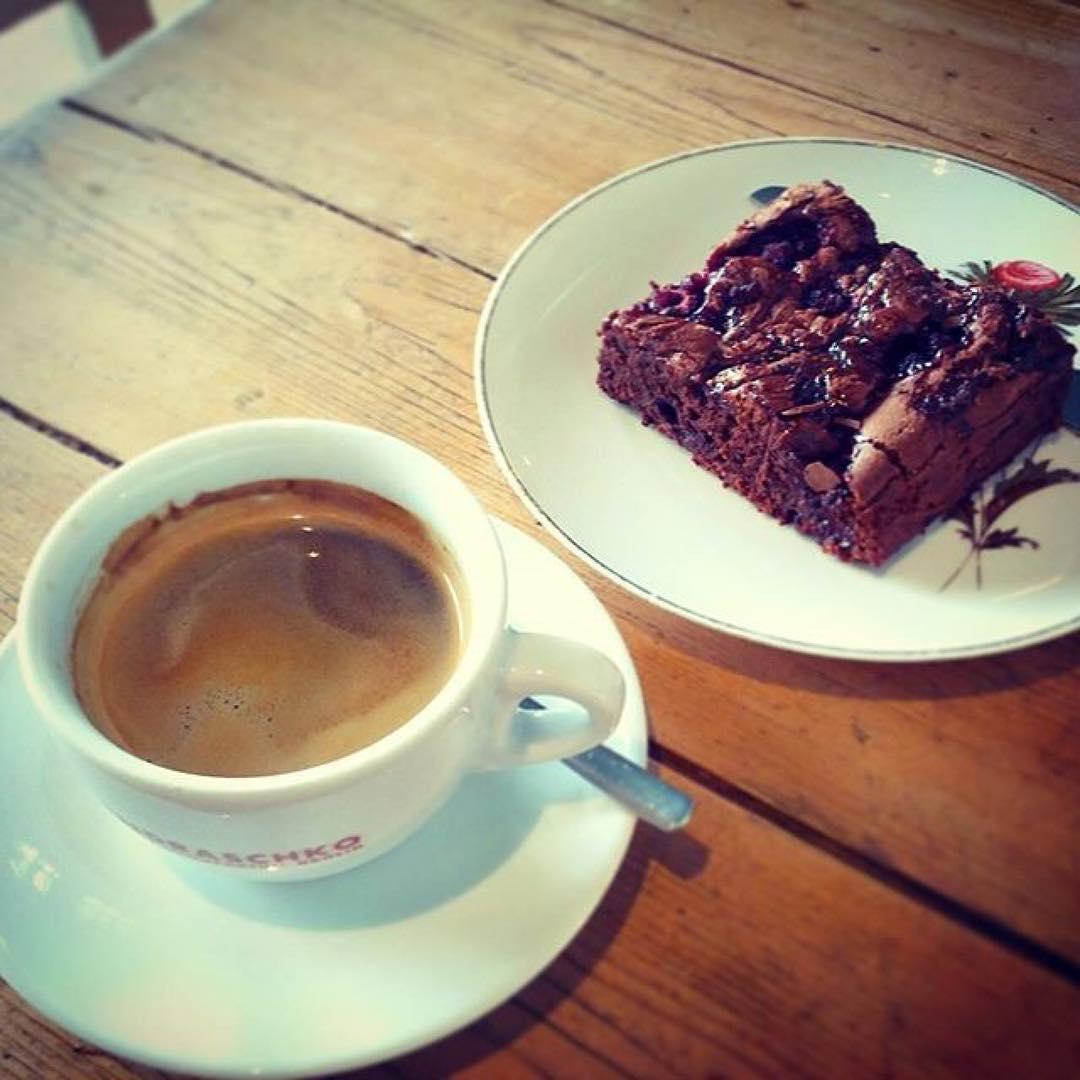 Brownie & coffee, ph @hypnoticaubergine