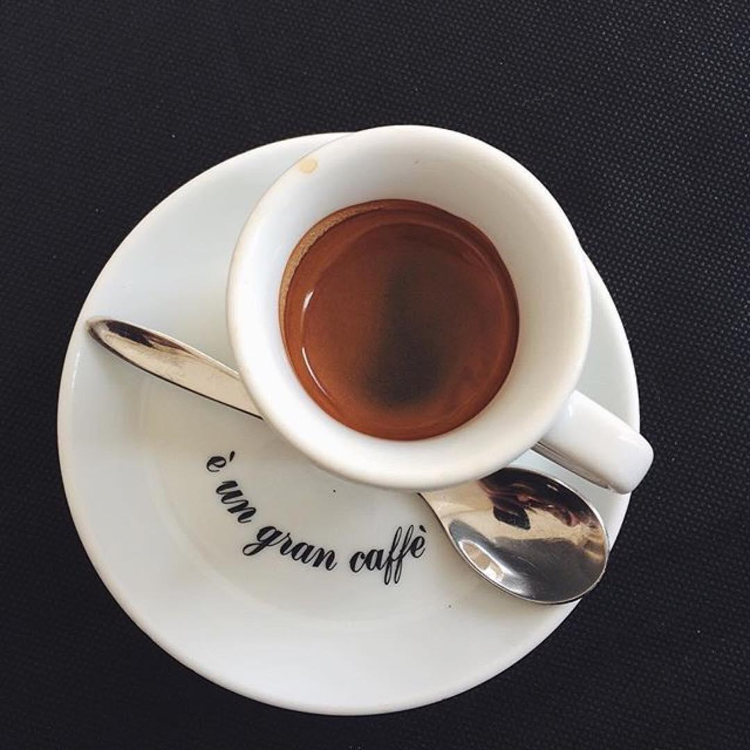 È un gran caffè, ph @valentina_arch_