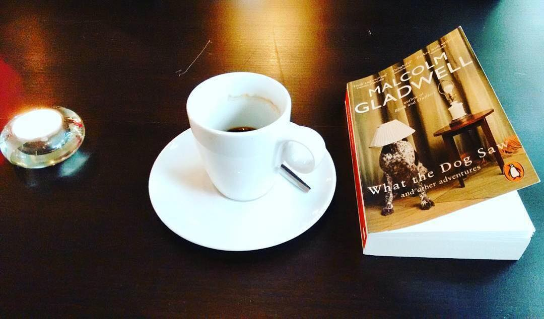 Drinking an in a French Restaurant in company of  Malcom Gladwell | ph @ilberlinese