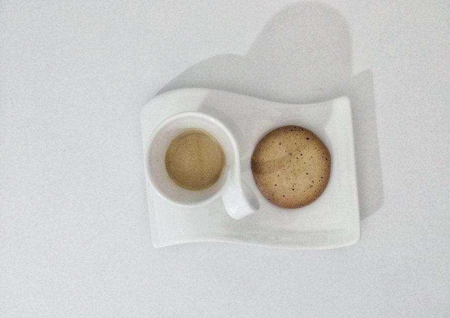 caffe-698-910x643