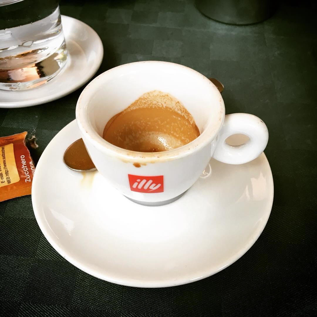 Il caffè sotto casa | ph @bastet