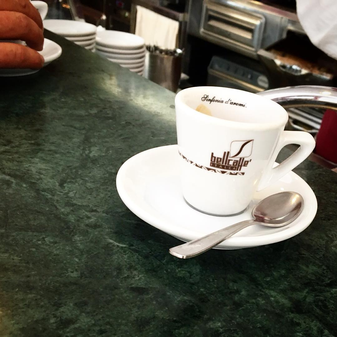 Un caffè a / A coffee in | ph @bastet