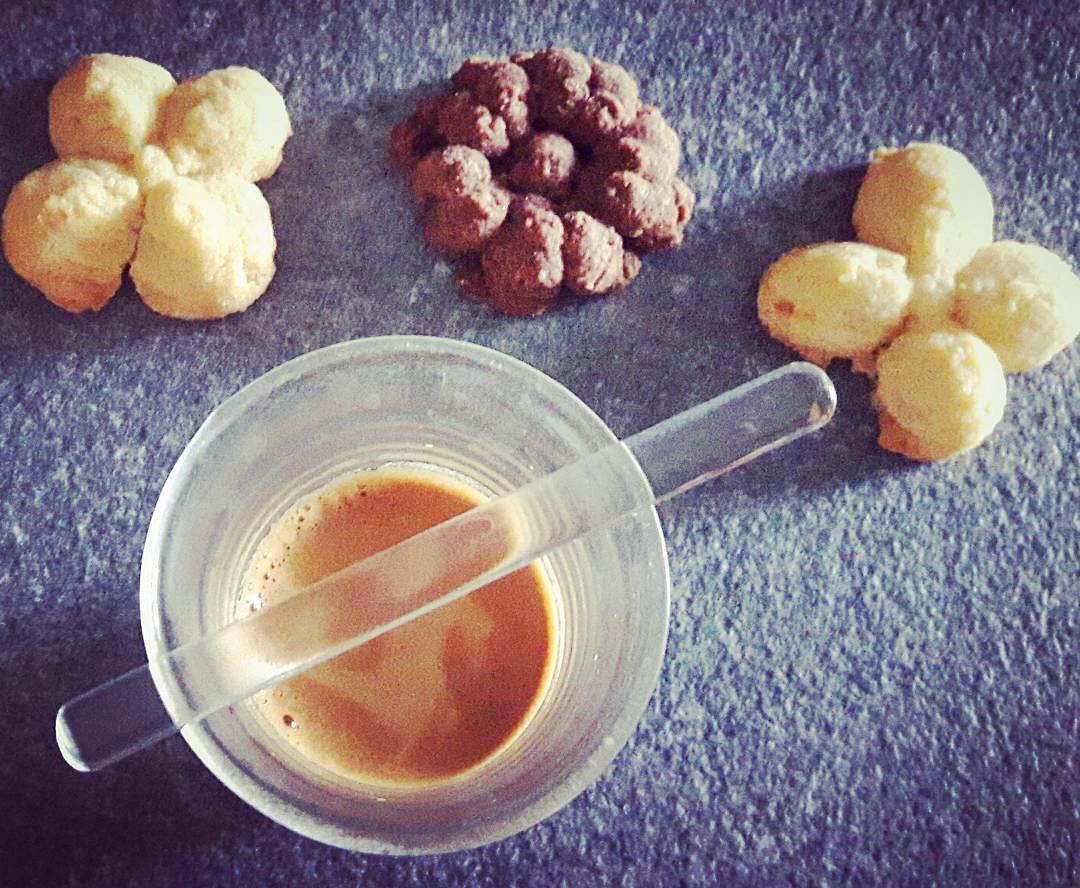 Stamattina oltre a un ottimo caffe espresso faccio colazione anche con i miei biscottini al burro | ph @glorimini