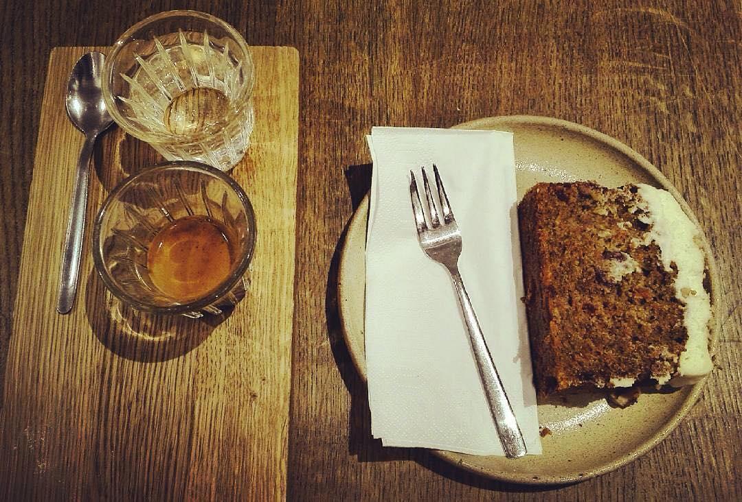 Espresso Bonanza and Carrot cake | ph @ilberlinese