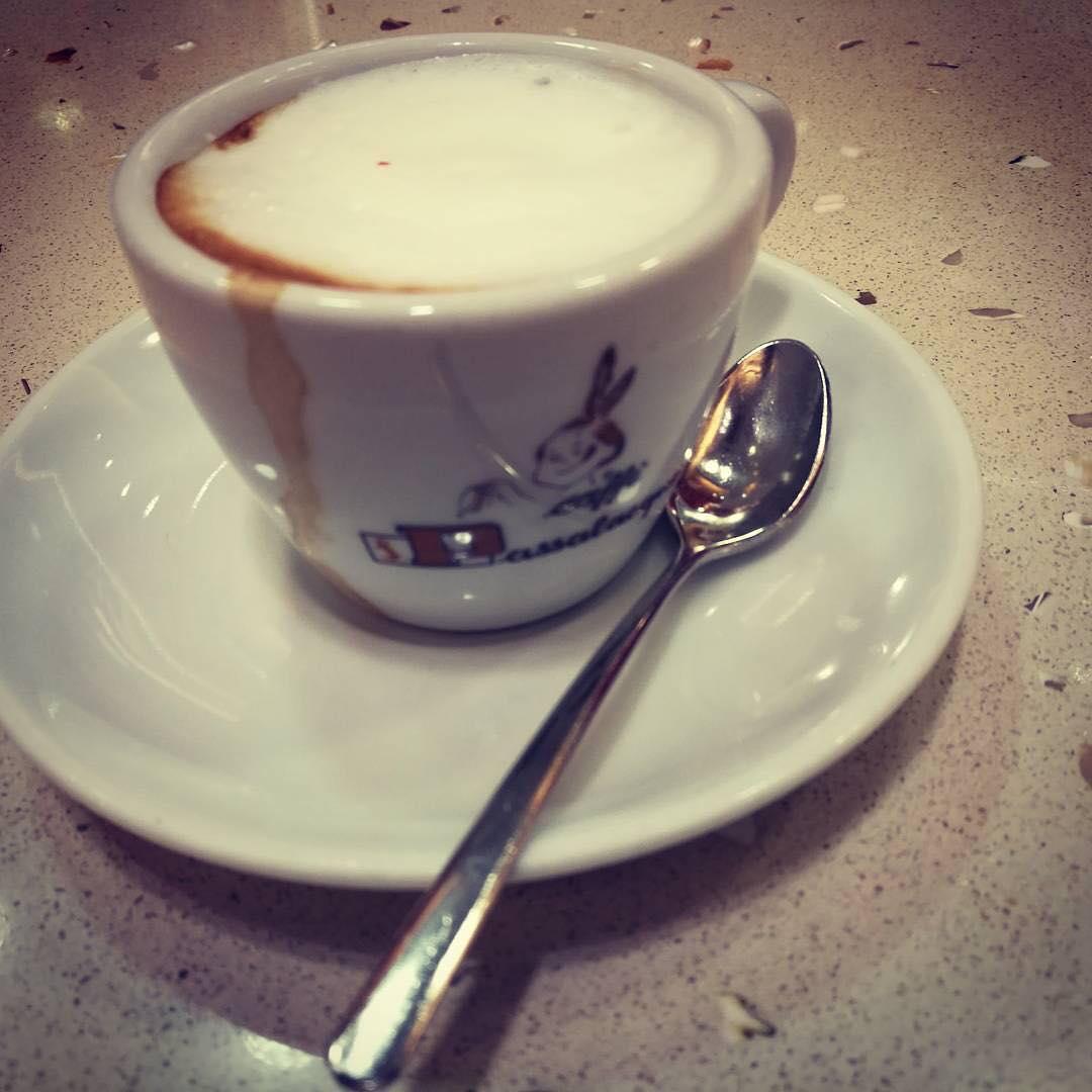 Caffè macchiato, Napoli   ph @netnewsmaker