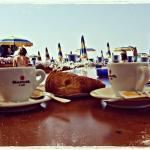 Breakfast on the beach this morning | @_ilabluila_