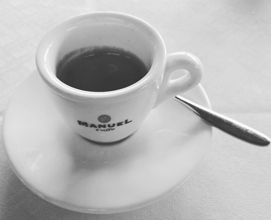 Caffè black and white | ph @casanovaa_1