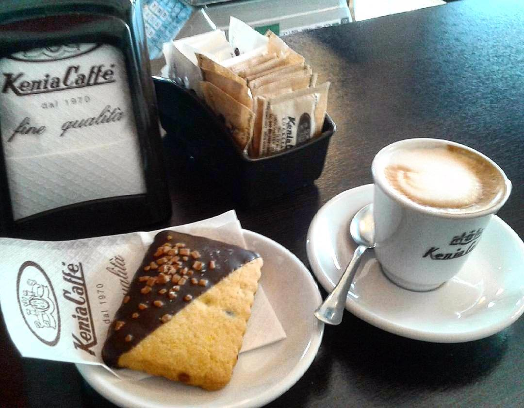 Buona Domenica! | ph @emanuela_de_rossi