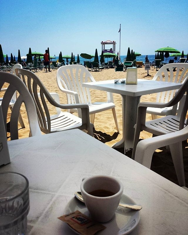 Paesaggi | ph @ds_alxo#sea#seaside#coffeetime