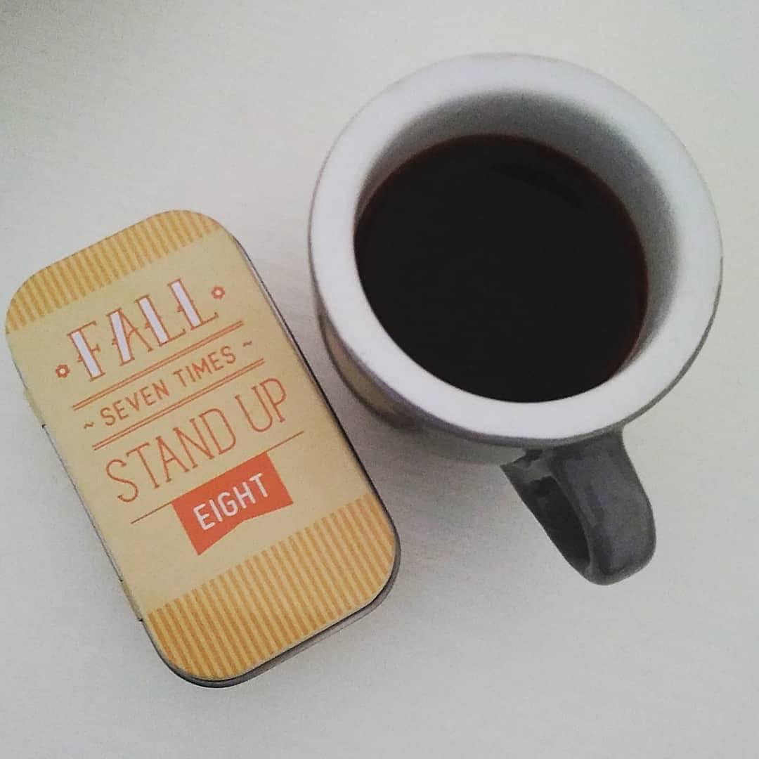 {Coffee break} Fall seven times, stand up eight | ph @sarataricani