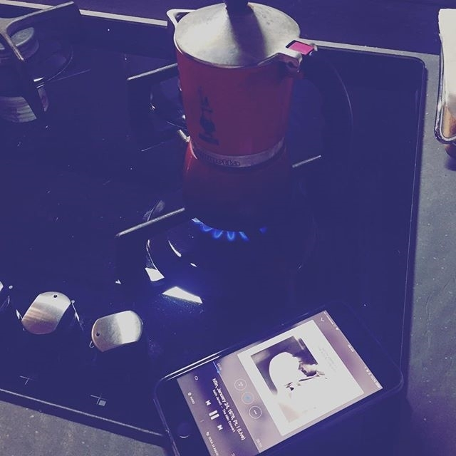Waking up… good coffee and good music to start the day (and possibly the week)   ph @koolinus