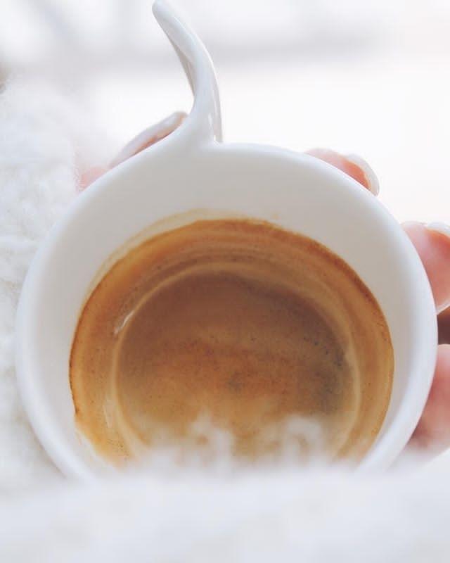 Per affrontare questa giornata doppia dose di caffè   ph @valentina_arch_