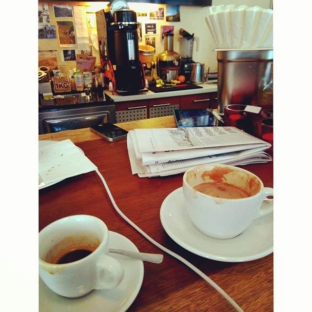ph @hypnoticaubergine Have a great Saturday cup, dear friends! ☕