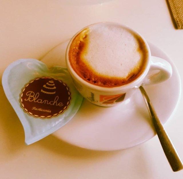 Caffè con il cuore di zucchero | ph @massimiliano_71🌹