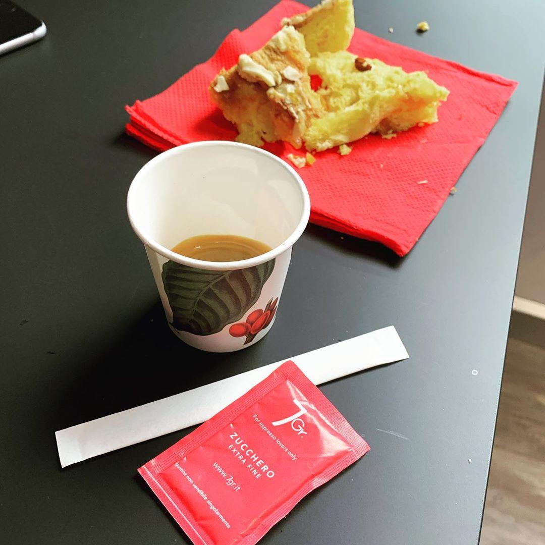 Pausa caffè al RomaXmasCamp 2019 con il Panettone di Mennella