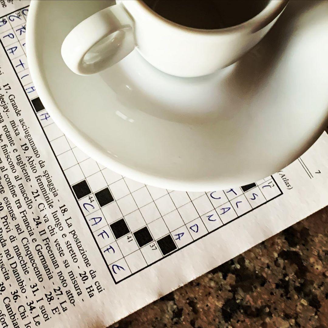 Messaggi subliminali: Islanda e caffè